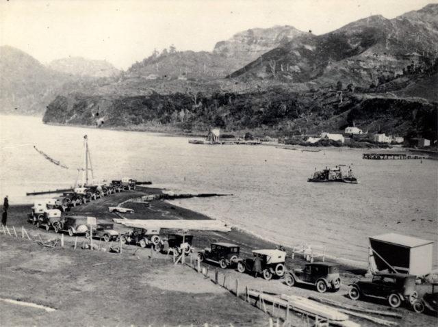 The Mokau River Punt